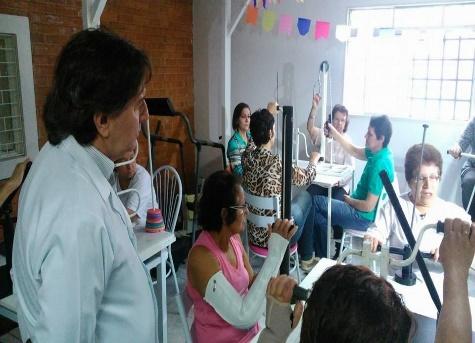 Convivendo com linfedema e linfedema pós-câncer de mama