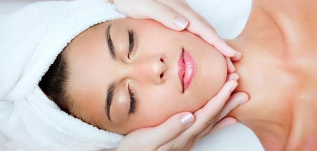 Facial Manual Lymphatic Therapy: Pathology / Aesthetics
